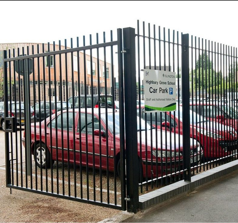 Blunt top railings and gates for schools