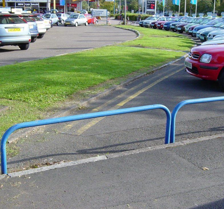 pedestrian hoop barriers