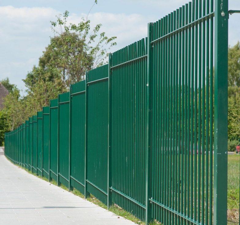 Green pro-file railings