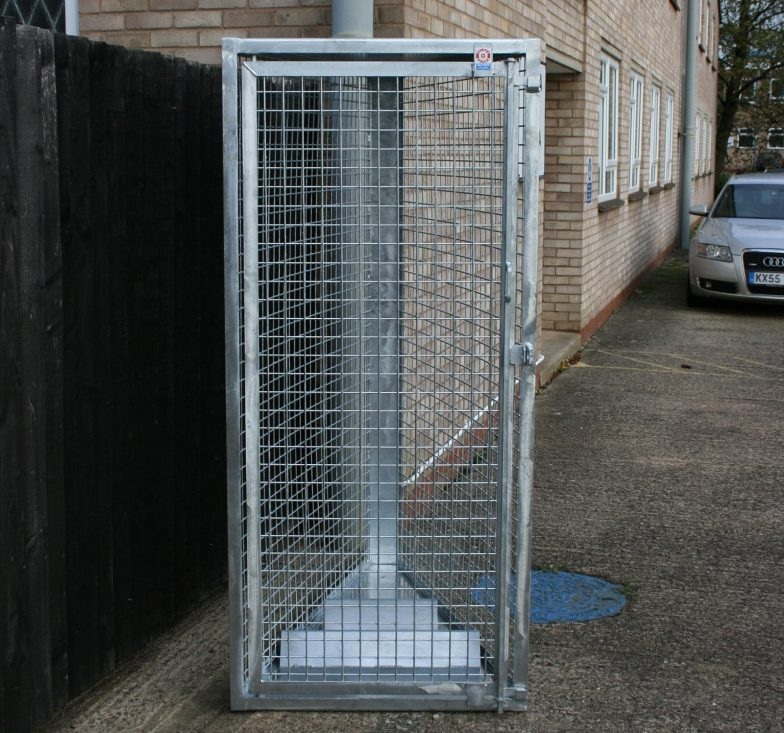 Tapered vertical cycle lockers