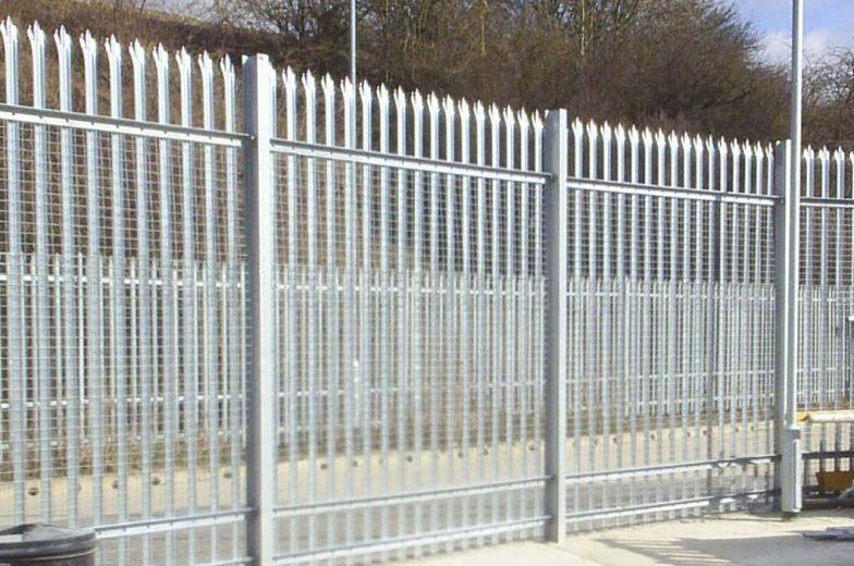 Palisade fence Salisbury