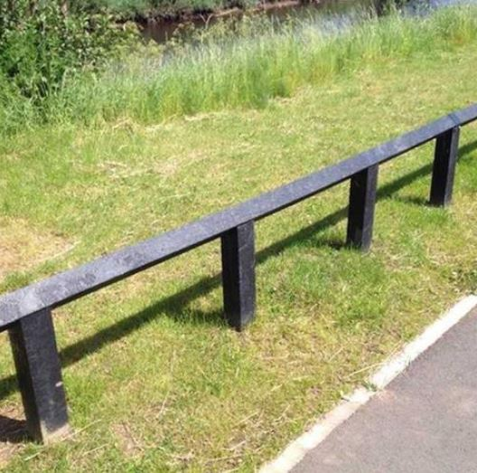 recyled-plastic-knee-rail