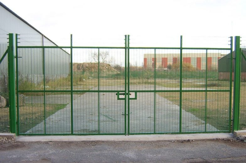 Weldmesh security gates