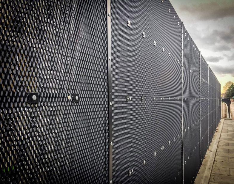 Exmesh panel fence