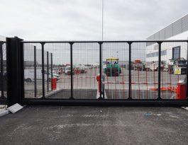 SR2 sliding gates